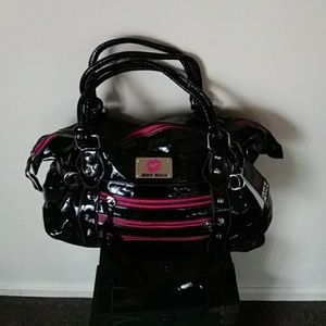 New with tags. Patent leather Hot Kiss Bag.